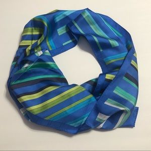 Oscar De La Renta Blue And Green Patterned Scarf